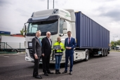 Zwei DAF CF Electric für Rhenus Logistics in Deutschland