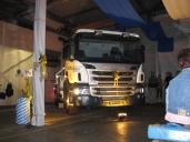 Firmenjubiläum mit neuem Scania Milchtank-Lastwagen gefeiert