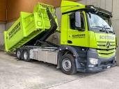 Wertvoller Zuwachs für die Schneider Umweltservice AG – 12 neue Arocs und Antos