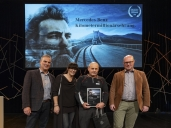 Mercedes-Benz Schweiz AG ehrt Kilometer-Millionäre