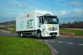 Samir Vilic Transport GmbH setzt auf den Antos von Mercedes-Benz
