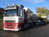 Trans-Schneider mit einem weitern Volvo Truck. Ein starkes Gespann.
