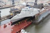"""Im Auftrag der US Navy: Goldhofer-Achsen schultern die USS """"Coronado"""", ein Schiff der Independence-Klasse"""