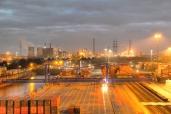 Umsetzung Hafenportalkran in Duisburg/Fa. Kahl Schwerlast GmbH