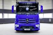 Mercedes-Benz Antos mit Abbiege-Assistent: Auf der sicheren Seite – Hofbräu München setzt auf Mercedes-Benz Lkw