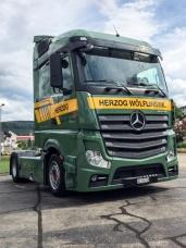 Mercedes-Benz Actros 1845 LS nR 4x2 – Herzog Transporte AG schwört weiterhin auf den Stern