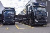Zwei neue Actros im Scheinwerferlicht der smARTec Veranstaltungstechnik AG
