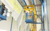 Gefährliche Höhe: Pneumatische Hebebühne mit umfassendem Sicherheitsprogramm schützt Mitarbeiter selbst in explosionsgefährdeten Zonen