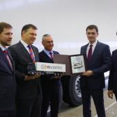 25 Prozent effizienter! Lang-S.KO-Version geht an X5 Retail Group Schmitz Cargobull bietet durchgängige 16,80 Meter Seitenwände für Kühlkoffer in Langversion