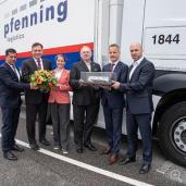 pfenning logistics group übernimmt ihren 1.250 Auflieger von Schmitz Cargobull