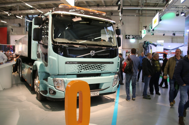 Strassenverkehr allgemein sowie Nutzfahrzeuge für Güter und Personen
